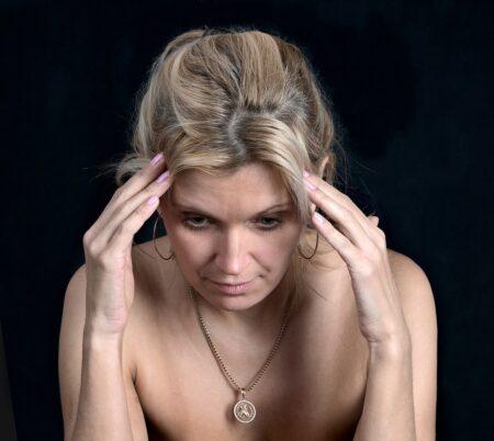 frau verlust traurigkeit porträt gesicht